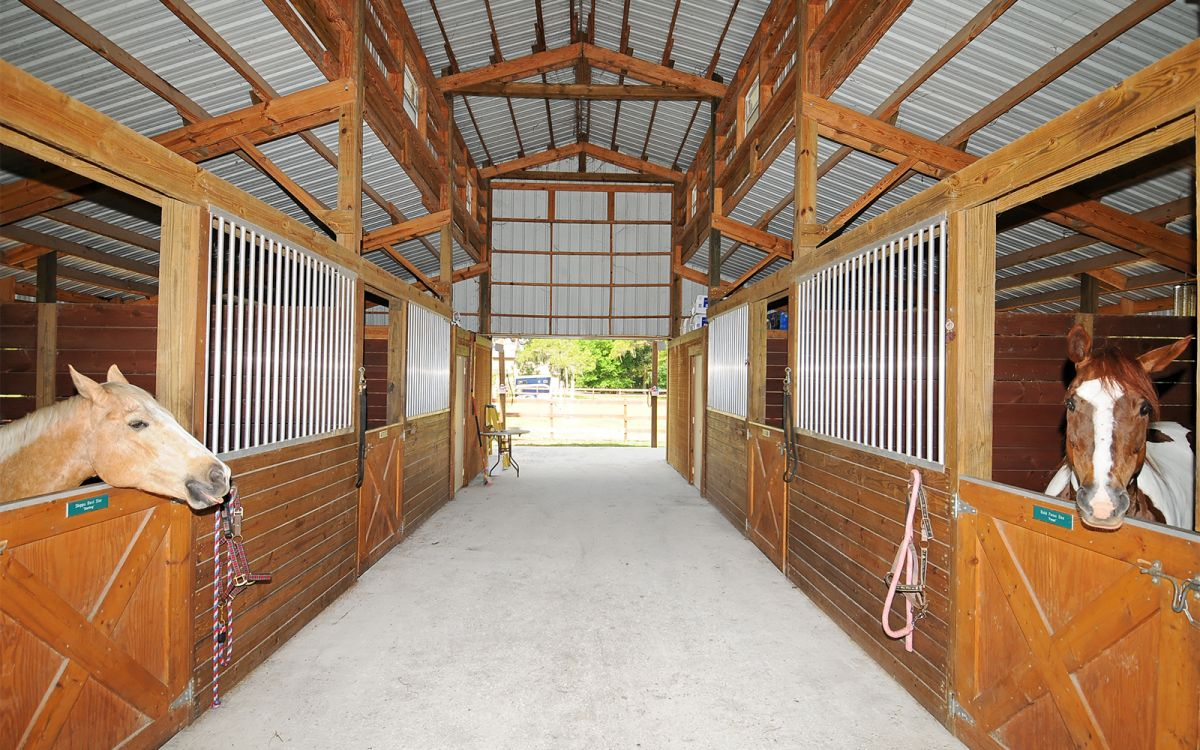 Front Barn with Center Hallway